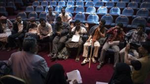 Young men who took part in Yemen's 2011 revolutionary uprising tell NDC members about their experiences of receiving medical care for injuries sustained