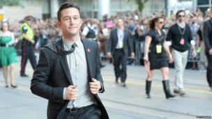 Joseph Gordon-Levitt arrives for the premiere of Don Jon