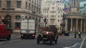 Vintage car on Oxford Street
