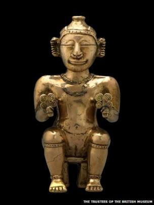 Seated female poporo, Quimbaya, gold alloy, AD600-1100