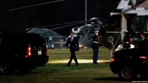 US President Barack Obama arrives at Cheviot Hills baseball park