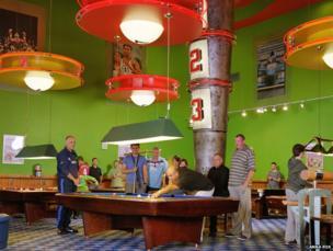 American pool hall, 2011