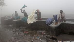 Washing the laundry in Allahabad