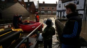 Rescuers in Yalding