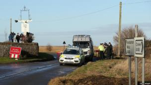 Cordon in the village of Salthouse