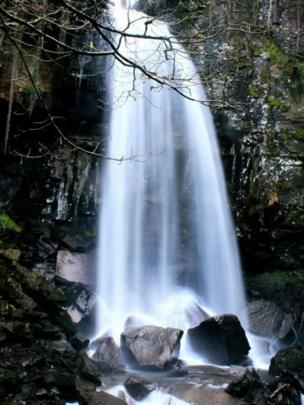 Melincourt Waterfalls