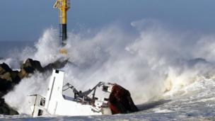Luno shipwreck (6 February 2014)