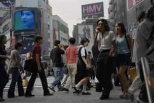 Philip-Lorca diCorcia, 'Tokyo', 1998. Courtesy the artist, Spruth Magers, Berlin/London and David Zwirner, New York/London