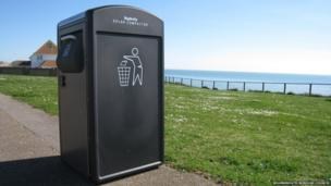 Solar-powered bin