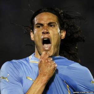 Uruguay's Edinson Cavani celebrates a