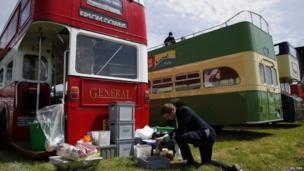 Racegoer prepares Pimms at the Epsom Derby festival