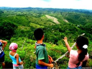 Children in Panama