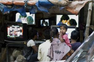 Chandni Chowk in Kolkata is the major electronic hub of the city. It is a common practice to use the discarded picture tube from the computer monitors to make low cost, locally assembled television.