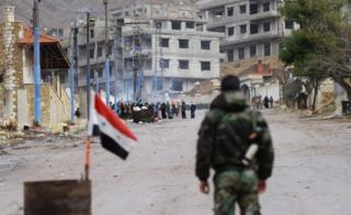 Syrian government forces on the outskirts of besieged rebel-held Syrian town of Madaya (14 January 2016)