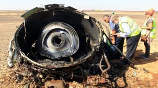 Debris from Russian plane in Sinai, 1 Nov 15