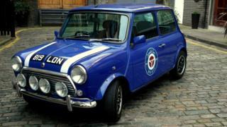 Royal blue 1999 Mini Cooper