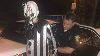 Middlesboro police arrest Jonathan A Martin for violating a city ordinance by covering his face while in public.