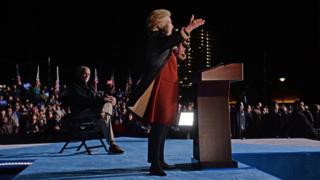 خانم کلینتون در پیتزبورگ پنیسیلوانیا در روز 22 اکتبر