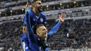 Jamie Vardy and Riyad Mahrez celebrating a goal