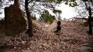 دیوار فروریخته در نورچیا