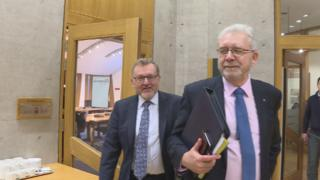Russell and Mundell