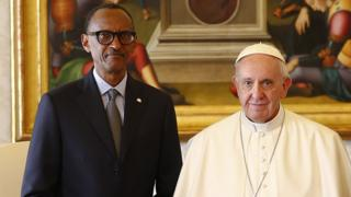 Pope Francis meets Rwanda's President Paul Kagame at the Vatican, 20 March 2017