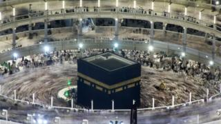 Pilgrims circumambulate the Kaaba during the Umrah (file photo)