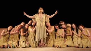 """Сцена из рок-оперы """"Иисус Христос - суперзвезда"""""""