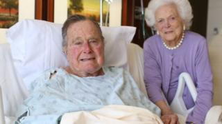 George HW Bush and Barbara Bush in Houston Methodist Hospital. Photo: 23 January 2017