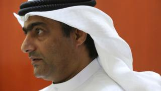 Human rights activist Ahmed Mansoor speaks to Associated Press journalists in Ajman, United Arab Emirates (25 August 2016)