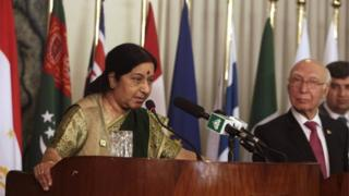 India and Pakistan agree to resume high-level peace talks