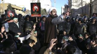 Muslim cleric addresses crowd in Tehran, 3 Jan