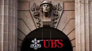 UBS charges business to deposition euros