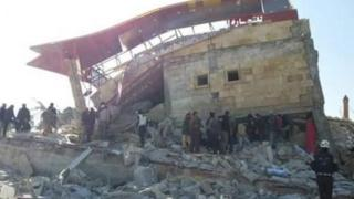 Aftermath of air strike on hospital supported by MSF in Maarat al-Numan (15 February 2016)