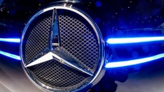 Daimler recalls 75,000 Mercedes-Benz cars in UK – BBC News  94933423 mediaitem94933422