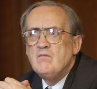Liberal Democrat Lord Roper dies...