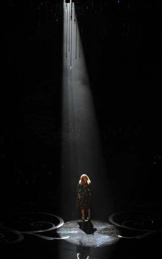 Adele performs at the 2013 Oscars