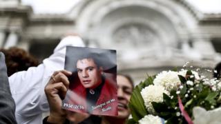 Juan Gabriel reconquista Bellas Artes: miles de asistentes en el homenaje póstumo del gran ídolo de la música popular de México