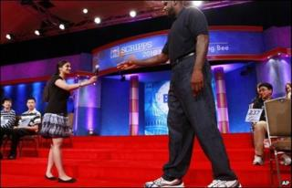 Shaquille O'Neal (R) and Kavya Shivashankar at the 2010 National Spelling Bee
