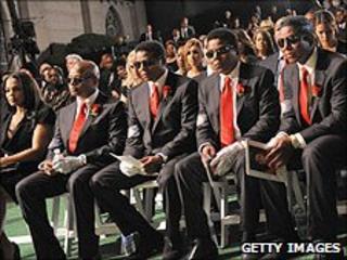 Michael Jackson's siblings at funeral