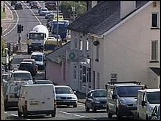 Traffic in Kingskerswell, Devon