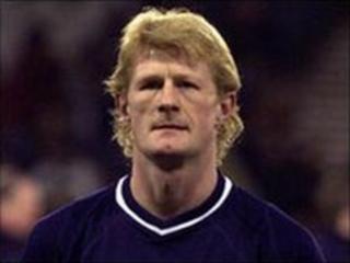 Former Scotland captain Colin Hendry