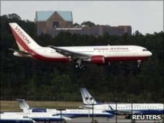 Plane returns to Washington after swap, 9 July