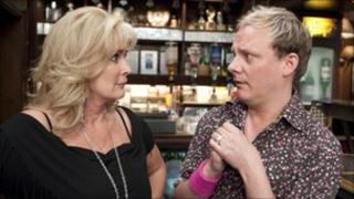Liz and Sean in Coronation Street