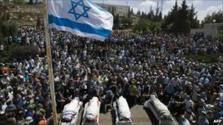 The funeral of four Israeli settlers killed on Tuesday by Palestinian gunmen in the Jewish settlement of Beit Haggai in the southern West Bank near Hebron - 1 September 2010