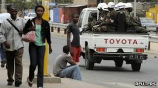 Police patrol in Maputo (3 September)