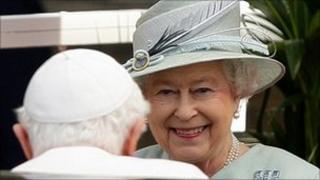 Queen Elizabeth II greeting Pope Benedict XVI