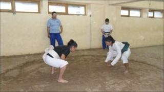 Female wrestlers train in Ulan Bator