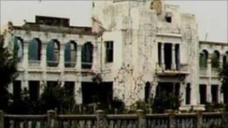 Jaffna library