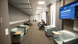 The UTSA engineering library